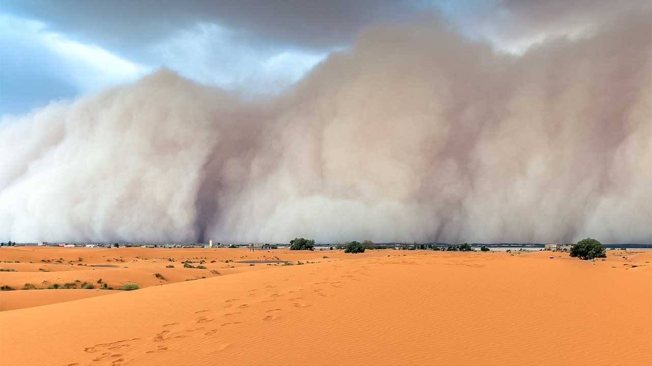 Otherworldly Incantations Desert Worldbuilding Dust Storm